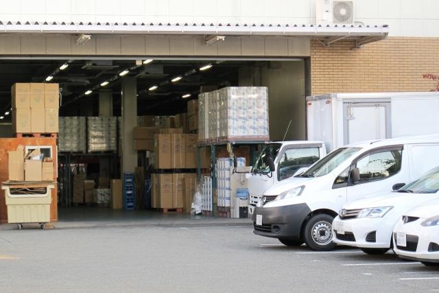 「倉庫」と「レンタル収納スペース」(その1)