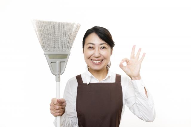 掃除道具はホウキでOK?