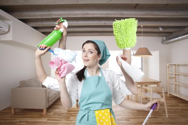 掃除の段取りのよい女性